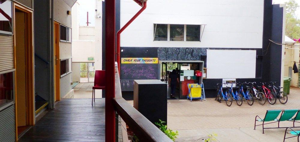 Alice Springs Yha Review Travelonthebrain