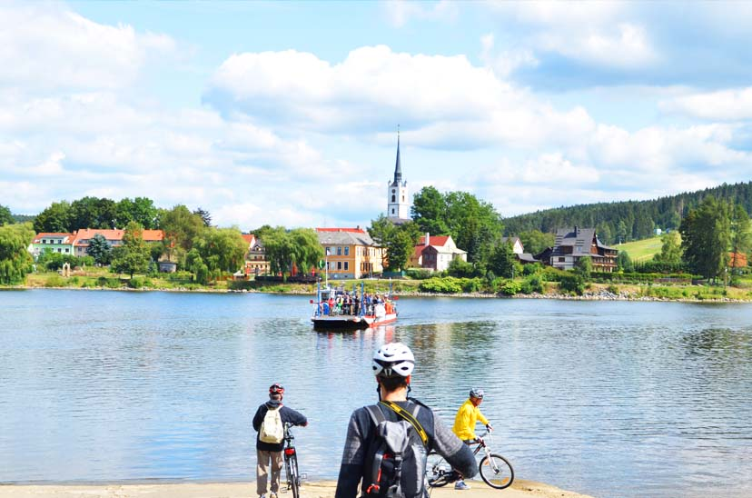 Active in the Bohemian Forest - Bikes, Boats and Best Ofs