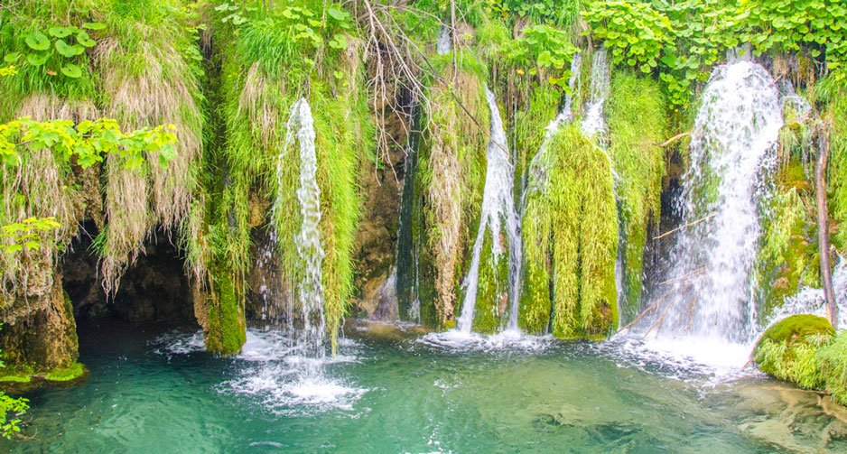 Visiting Plitvice Lakes and Avoiding the Crowds? This is how!