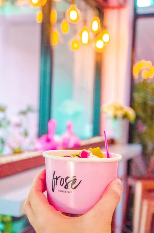 Why Foodies Need to Visit at Least One Cafe in Chiang Mai - Frosé Cafe