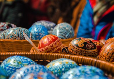 5 Reasons to Visit Bucovina Romania – Where Easter is Every Day and Churches Painted // Ad