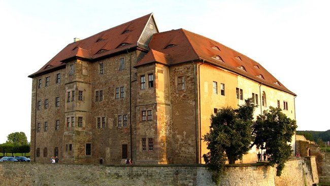 30 Castles in Germany That Will Make You Feel Like a Royal -heldrungen