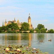 Solo travel around the world ideas - Schwerin
